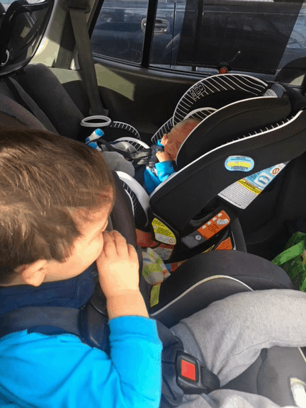 Baby crying in the car? Here are great tips on how to stop baby crying in the carseat. When Baby is screaming in the car, you just want quiet! This easy idea will help you get your baby to stop crying fast during travel...