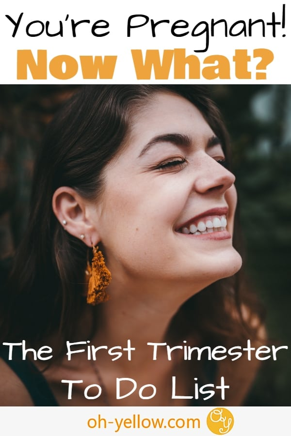 13 to do's when you find out you're pregnant. Your first trimester checklist of how to start off you're healthy pregnancy with fun and confidence! #pregnant #pregnancy #firsttrimester #todolist