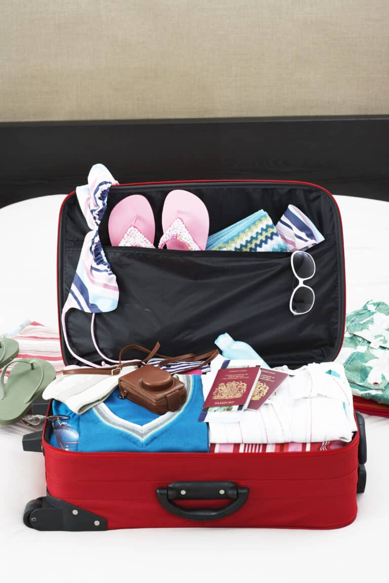 Summer suitcase for summer pregnancy